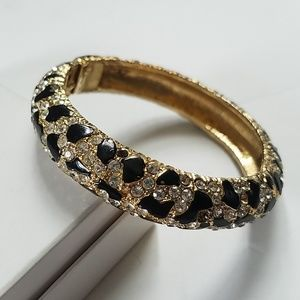 Jewelry - Animal print Rhinestone clamp bangle gold toned